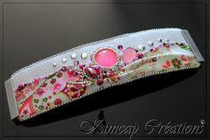 KCSH008 Bracelet manchette brodée blanc, rose et prune : Bracelet par kimcap-creations