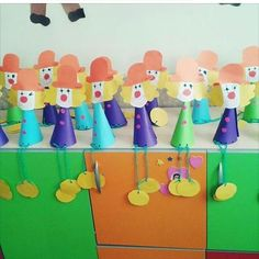 cone shaped clown craft | Crafts and Worksheets for Preschool,Toddler and Kindergarten