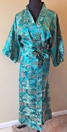 Vtg Peony Shanghai Emerald Green Gold Brocade Scene Kimono Satin Robe size M DS8 #PeonyBrandShanghaiChina #Kimono