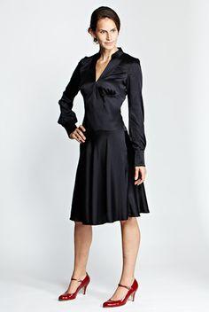 Kleid Nightfly black silk von Variété van Kroen jetzt auf nelou.com shoppen. Und 5500 weitere Designs mehr.