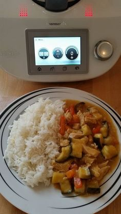 Thermomix TM 5 Rotes Thai Curry mit Geflügel Austrian Recipes, Vegan Curry, Tasty, Yummy Food, Multicooker, Soul Food, Indian Food Recipes, Food Art, Main Dishes