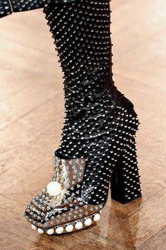 shoesat Alexander McQueen Fall/Winter 2013 | PFW