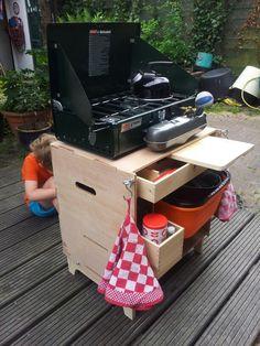 Mijn zelf gebouwde chuck box, grub box, keukenkist, kookkist of hoe je hem wilt noemen.