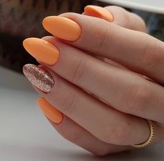 shortnails ovalnails acrylic natural pretty spring summer design yellow nails short ideas oval cute Pretty Natural Acrylic Oval Nails Design Ideas yellow Acrylic short oval nails design for summer nails, Cute natural yellow oval nail Oval Acrylic Nails, Acrylic Nail Shapes, Acrylic Nail Designs, Nail Art Designs, Nails Design, Short Oval Nails, Long Nails, Spring Nails, Summer Nails