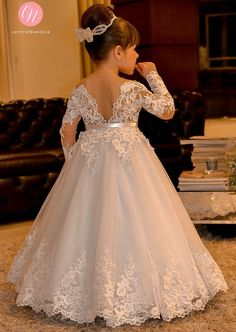 The dress for girl which match the flowers-white lace flower girl dresses long sleeves kids ball gowns long floor length appliques bow girls pageant dresses chi Princess Flower Girl Dresses, Lace Flower Girls, Little Girl Dresses, Wedding Flower Girl Dresses, Vintage Flower Girl Dresses, Flower Girl Gown, Bridal Dresses, Kids Pageant Dresses, Wedding Dresses For Kids