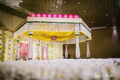 Simplicity is surely the ultimate sophistication! This wedding was one of the most elegant weddings that we have ever shot! The thought… Wedding Hall Decorations, Marriage Decoration, Backdrop Decorations, Flower Decorations, Backdrops, Arab Wedding, Telugu Wedding, Wedding Mandap, Wedding Ceremony Backdrop