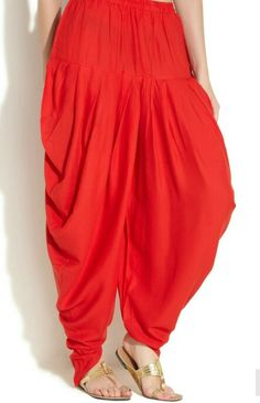Dhoti salwar - for details email at pinakibyritika@gmail.com Patiala Salwar, Fashion Design Drawings, Interior Designing, Western Dresses, Pants Pattern, Kurtis, Simple Dresses, Designs To Draw, Clothing Patterns