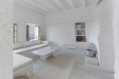 Salón blanco sobre blanco: sereno, luminoso, optimista, refrescante