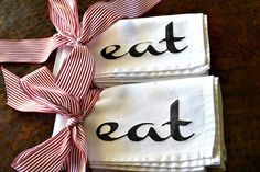 EAT Cloth Napkins Screened on White Napkins with the word EAT in Black Paint White Napkins, Cotton Napkins, Linen Napkins, Cloth Napkins, Sewing Crafts, Diy Crafts, Sewing Ideas, Black Fabric Paint, Cottage Dining Rooms