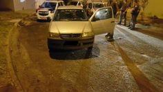 Equipe Alfa da Polícia Militar flagra homem furtando veículo na Vila Assunção; veja vídeo -   A equipe Alfa da Polícia Militar prendeu em flagrante na madrugada desta sexta-feira, dia 17, um homem de 22 anos furtando um carro na Vila Assunção. Durante patrulhamento, os policiais Cabo Denadai e Cabo Conte se depararam com um VW Gol que tinha os vidros quebrados.  Segundo - http://acontecebotucatu.com.br/policia/equipe-alfa-da-policia-militar-flagra-homem-furt