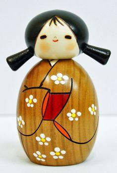 Usaburo Kokeshi Japanese Wooden Doll 4-12 Haruyokoi (Spring has Come)