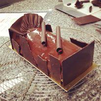 Pistachio Chocolate Log Cake