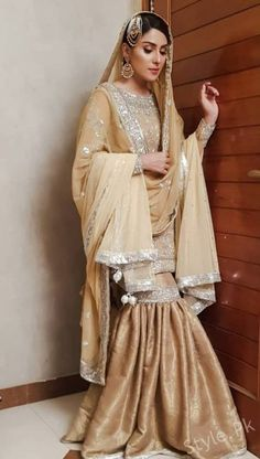 """Rabail's Nikah look"" Koi chand rakh mere sham par. Directed by: Siraj ul haq Produced by: Idreams entertainment. Hair and makeup: Sajid wahab Pc : Outfit: Amina yasmeen 😍 Dulhan Dress, Nikkah Dress, Shadi Dresses, Indian Dresses, Indian Outfits, Pakistani Wedding Outfits, Pakistani Bridal Dresses, Pakistani Dress Design, Bridal Outfits"