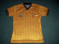 1982 1983 Hull City Home Football Shirt Top Adults Small Jersey Classic Football Shirts, Hull City, Retro Shirts, Football Jerseys, 1980s, Retro Vintage, Mens Tops, Fashion, Anos 80