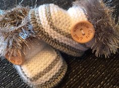 Unisex Quality  baby booties How Cute Are You?  Newborn Hand Knitted By Annie  | eBay