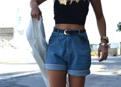 High Rise Shorts, High Waisted Shorts, Jeans, Denim Shorts, Shoulder Pads, Ideias Fashion, Short Dresses, Street Style, Style Inspiration