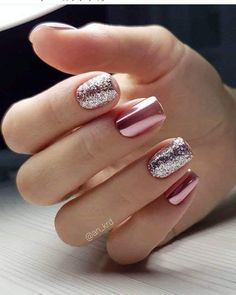 40 Attractive Sparkle Nails ideas to Highlight Normal Summer Outfit Fingers are parts that are easily exposed to detail. How can this aesthetic place be ignored? So in the summer, going to the nail salon will Cute Summer Nail Designs, Cute Summer Nails, Classy Nail Designs, Winter Nail Designs, Sparkle Nail Designs, Nail Summer, Sparkle Nails, Fancy Nails, Pretty Nails