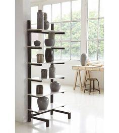 Housedoctor Boekenkast/vitrinekast 'Easy' metaal/marmer zwart/grijs 30x75x180 cm - wonenmetlef.nl