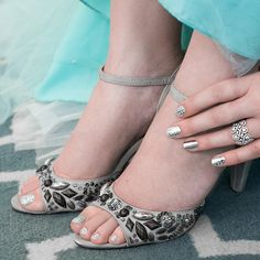 Prom season is almost here! Jamberry has a wrap for every dress, toes and nails. Check them out at http://shorton.jamberrynails.net