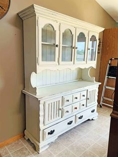 Kitchen Cabinet Makeover: From Orange to Amazing on a Budget 4 Cabinet Refacing, New Cabinet, Cabinet Makeover, Mini Kitchen, Old Kitchen, Teacup Poodles For Sale, Orange Cabinets, Starter Home, Painting Cabinets