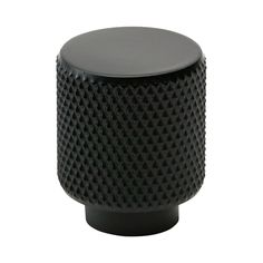 Say hello to Helix knob in black. The knob has an industrial, raw look with knurled surface. It is 20 mm in diameter and 25 mm in depth. Helix knob fits well on any modern or industrial style furniture. Combine Helix black knob with Helix black handles. Painted Cupboards, Painted Drawers, Kitchen Doors, Home Decor Kitchen, Kitchen Ideas, Kitchen Cabinets, Industrial Style Furniture, Modern Furniture, Design Shop