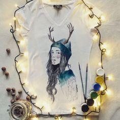 Koszulka ręcznie malowana z dziewczyną, maffashion hand painted t-shirt girl