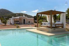 Schau Dir dieses großartige Inserat bei Airbnb an: Ibiza cozy villa with swimming pool - Häuser for Rent