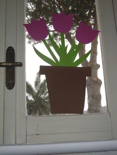 ADDOBBI FINESTRE Spring Wreaths, Classroom, Jar, Plants, Flowers, Hipster Stuff, Spring, School