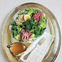 Chef's Salad with American French Dressing Recipe Chef Salad, Healthy Family Meals, Family Recipes, Nicoise Salad, Boiled Chicken, French Dressing, Smoked Ham, How To Cook Eggs, Dressing Recipe