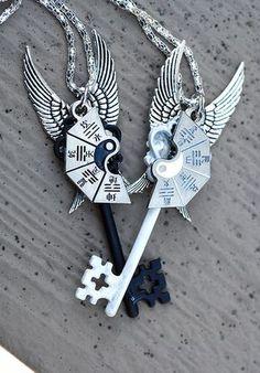 Keyper's Cove — ying yang friendship key necklace… – Schmuck Key Jewelry, Cute Jewelry, Jewelery, Jewelry Accessories, Bff Necklaces, Key Necklace, Friendship Necklaces, Magical Jewelry, Accesorios Casual