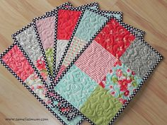 cute mug rug - can practice free-motion quilting! Mug Rug Patterns, Quilt Patterns, Sewing Patterns, Placemat Patterns, Canvas Patterns, Table Runner And Placemats, Quilted Table Runners, Quilt Placemats, Square Placemats