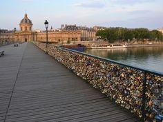 París 'candados del amor' del Pont des Arts