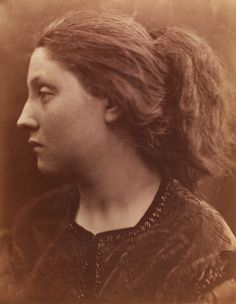 Adriana Clio, photo Julia Margaret Cameron (1815-79). Photograph. England, 1866.