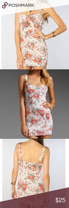 Free People Knock them dead with this dress! Free People bodycon ✌ EUC Intimately Free People floral French Terry Free People Dresses