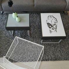 Vi digger stilen og de unike møblene og kule løsningene hjemme hos flinke @btfdesign  Digger det stå på!