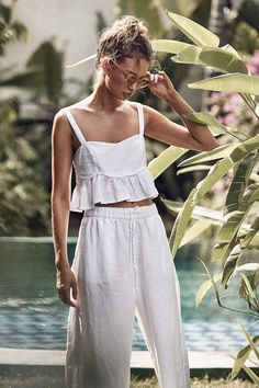 Summer Fashion Tips Falbala Solid See-through Fresh Summer Suits.Summer Fashion Tips Falbala Solid See-through Fresh Summer Suits Look Fashion, Diy Fashion, Ideias Fashion, Fashion Outfits, Fashion Tips, Fashion Women, Fashion Quotes, Modest Fashion, Fashion Bloggers