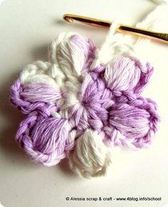 Ancora una variante del fiorellino a crochet
