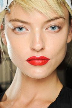 One of my favorite looks this season. To get this amazing lip color, Pat McGrath and her team used CoverGirl Lip Perfection in Hot. Love the white highlight on… Best Red Lipstick, Red Lipstick Makeup, Bright Lipstick, Red Lipsticks, Liquid Lipstick, Pat Mcgrath, Beauty Makeup, Hair Makeup, Hair Beauty