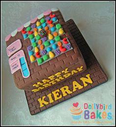 Candy Crush Saga Cake... Haha! Omg! So great! Way too addicting!