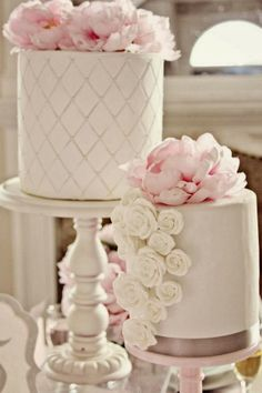 Pink and White quilted cake. www.apothecakery.blogspot.com