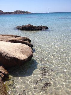 Vivo il vacanza da una vita... Questo è il mio mare e lo amo alla follia..