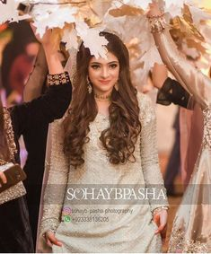 Hassanツ Pakistani Bridal Makeup, Pakistani Wedding Outfits, Bridal Outfits, Bridal Dresses, Pakistani Dresses, Bridal Poses, Bridal Photoshoot, Desi Wedding, Wedding Bride