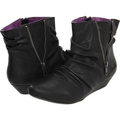 I could wear these all through fall and winter. Not too pricey, either!