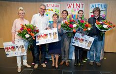 Felicitaties voor de winnaars van de HAN-prijzen 2013, Elena van der Steen (niet op de foto) HAN-prijs Student, Ton Satink HAN-prijs Onderzoeker, Maarten Panhijsen HAN-prijs Ondersteuner, Robert Holwerda en Koen Turnhout HAN-prijs Docent.