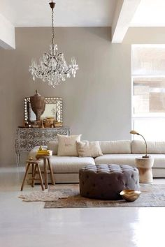 Interior Design Ideen wohnzimmer wandfarbe hellgrau kommode How to Choose a Color When Painting Your Interior Inspiration, Room Inspiration, Design Inspiration, Greige Paint, Diy Casa, Interiores Design, Home And Living, Modern Living, Living Room Ideas