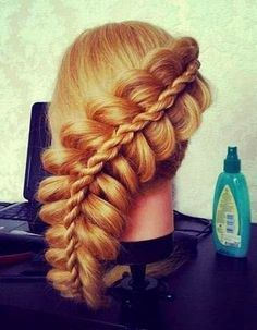 """See more Really cool hairstyles! I wonder if I could do this without """"pulling my hair out"""" har har ;)"""