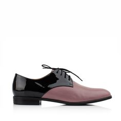 KACHOROVSKA / black patent-leather and rose leather oxford shoes