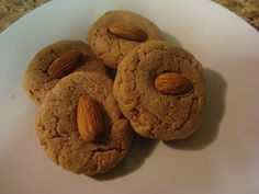 No-Flour Almond Butter Cookies, Low Carb / Bariatric Foodie Sugar Free Cookies, Gluten Free Cookies, Healthy Cookies, High Protein Snacks, High Protein Recipes, Healthy Recipes, Low Carb Desserts, Just Desserts, Almond Butter Cookies