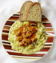 Kel a guláš   Bonviváni Ale, Pancakes, Bread, Vegetables, Breakfast, Food, Morning Coffee, Ale Beer, Brot