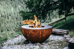 Brasero Plancha Damien Rais. Modèle Origin Artisanal, Rais, Outdoor Decor, Home Decor, Gardens, Planks, Garden Deco, Switzerland, Garten